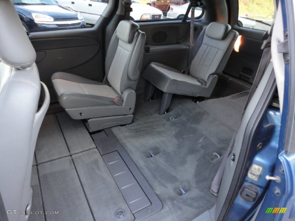 2006 dodge grand caravan sxt rear seat photo 70566219. Black Bedroom Furniture Sets. Home Design Ideas