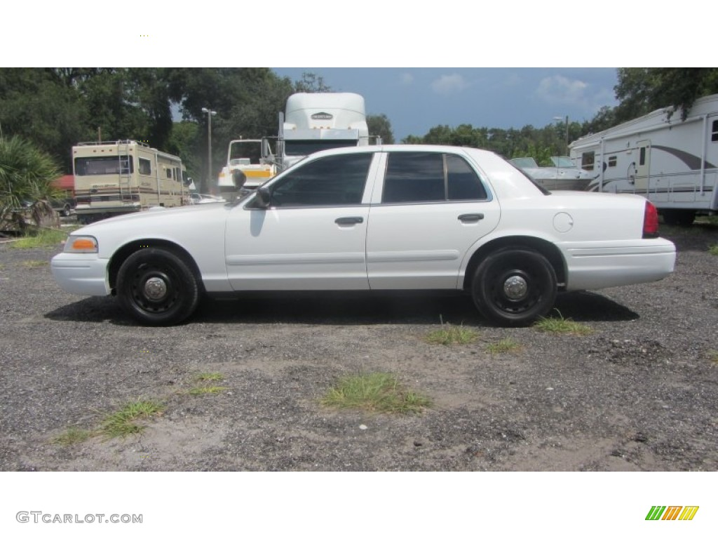 vibrant white 2005 ford crown victoria police interceptor exterior photo 70614198. Black Bedroom Furniture Sets. Home Design Ideas