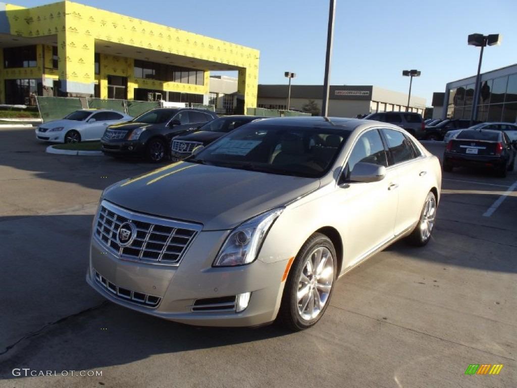 2013 Silver Coast Metallic Cadillac Xts Luxury Fwd 70687570 Car Color Galleries