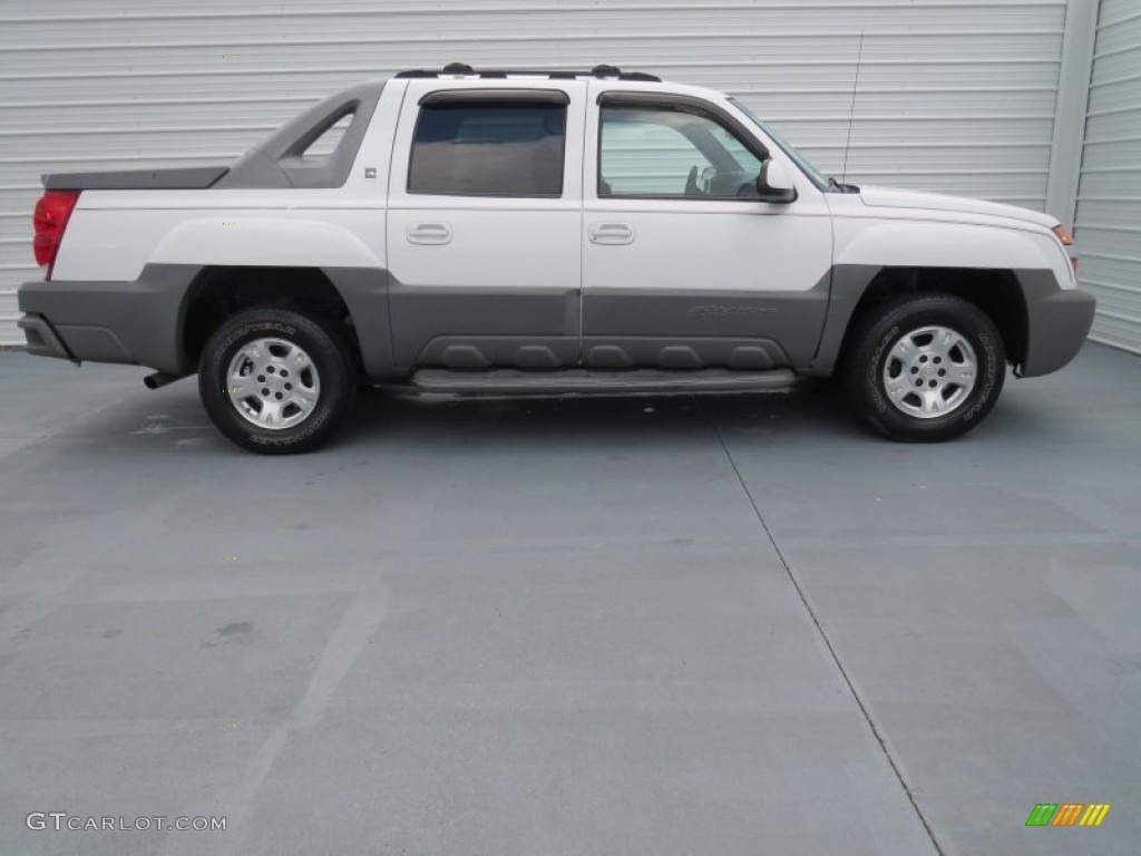 summit white 2002 chevrolet avalanche the north face. Black Bedroom Furniture Sets. Home Design Ideas