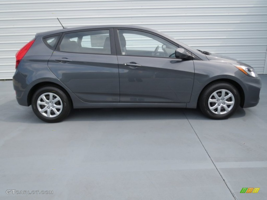 Cyclone gray 2013 hyundai accent gs 5 door exterior photo 70729700 for Accent colors for gray exterior