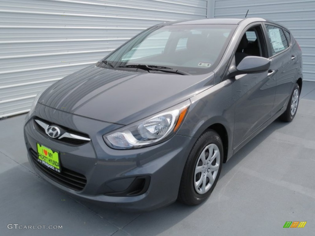 Cyclone gray 2013 hyundai accent gs 5 door exterior photo 70729736 for Accent colors for gray exterior