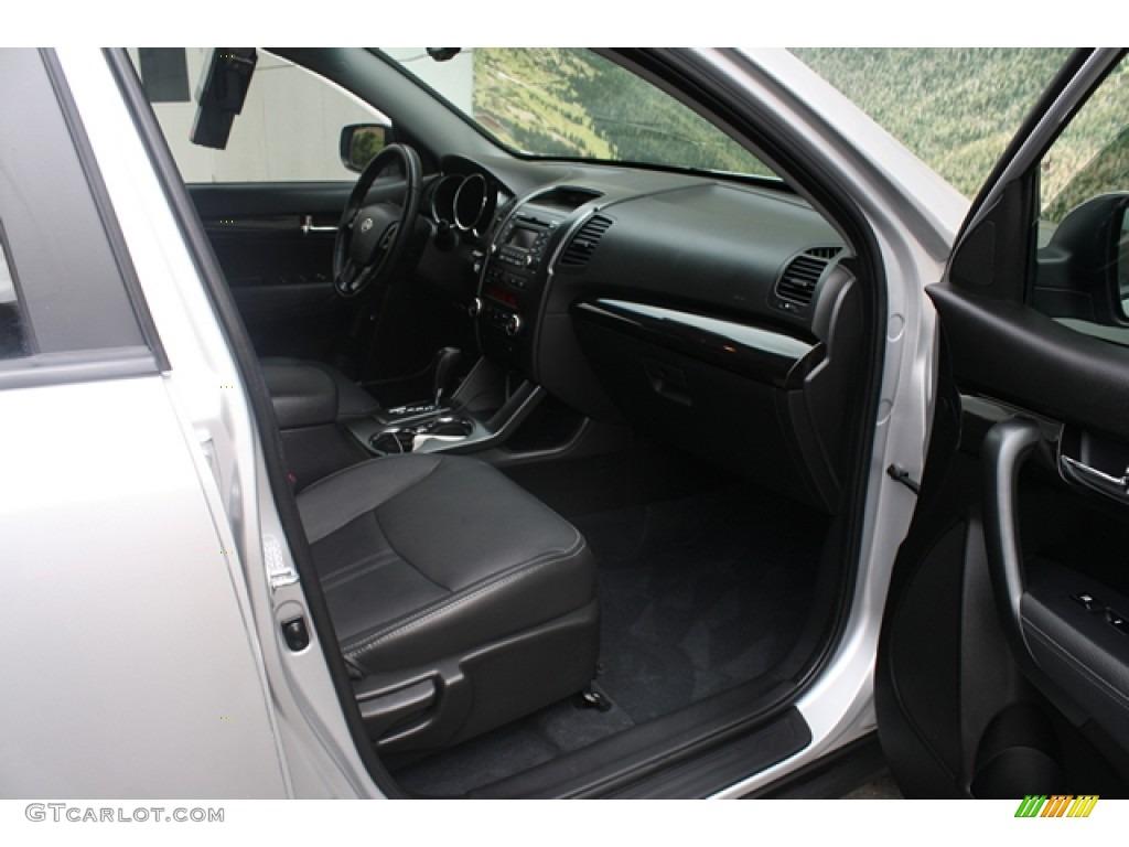 2011 Sorento EX V6 AWD - Bright Silver / Black photo #13