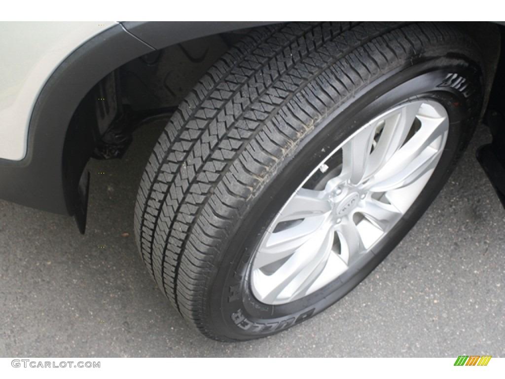 2011 Sorento EX V6 AWD - Bright Silver / Black photo #20