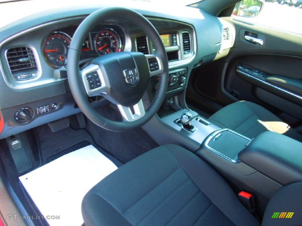 Black Interior 2013 Dodge Charger SE Photo #70755509