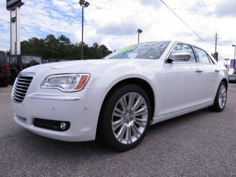 2013 chrysler 300 c luxury series data info and specs. Black Bedroom Furniture Sets. Home Design Ideas