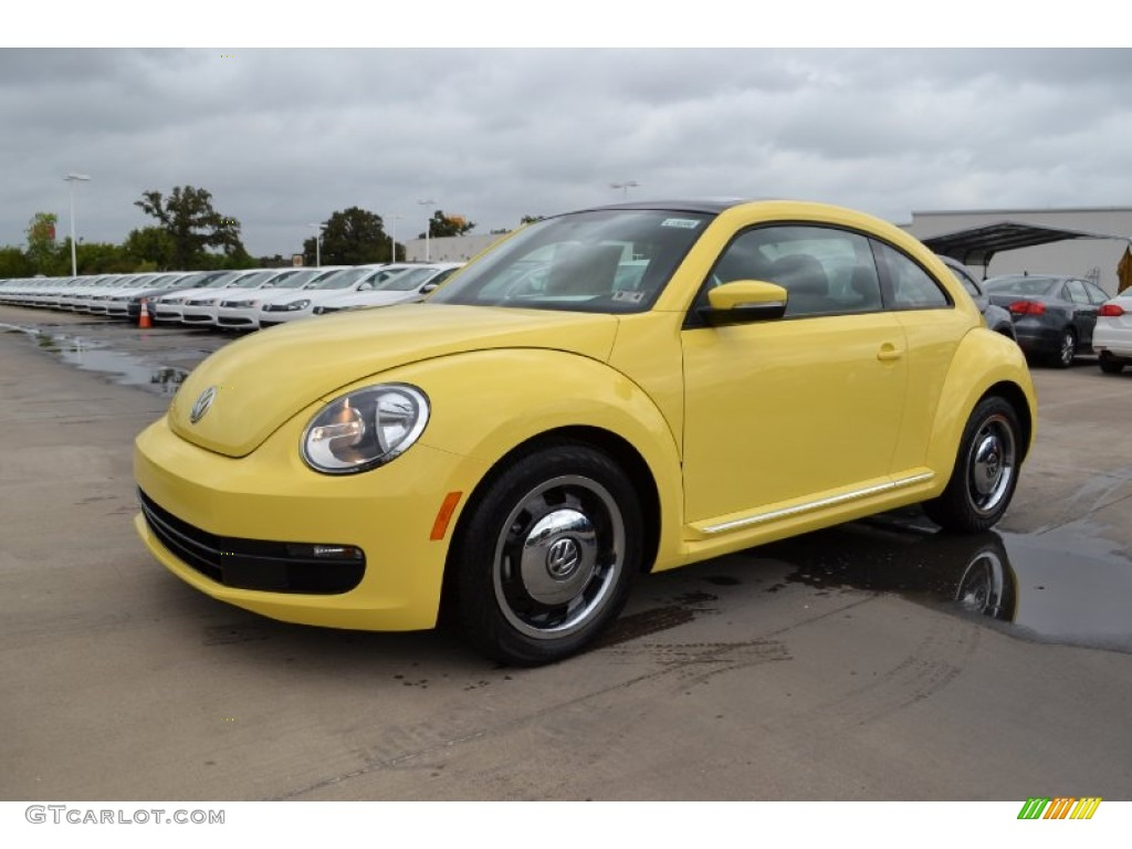 2013 yellow rush volkswagen beetle 2 5l 70818651. Black Bedroom Furniture Sets. Home Design Ideas