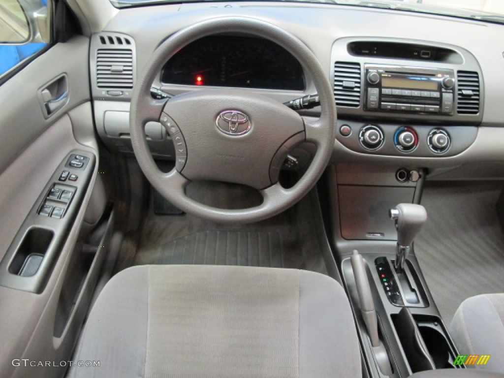2006 toyota camry le stone gray dashboard photo 70913704. Black Bedroom Furniture Sets. Home Design Ideas