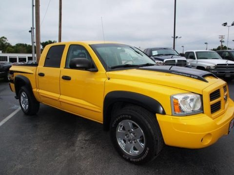 2006 dodge dakota r t quad cab 4x4 data info and specs. Black Bedroom Furniture Sets. Home Design Ideas