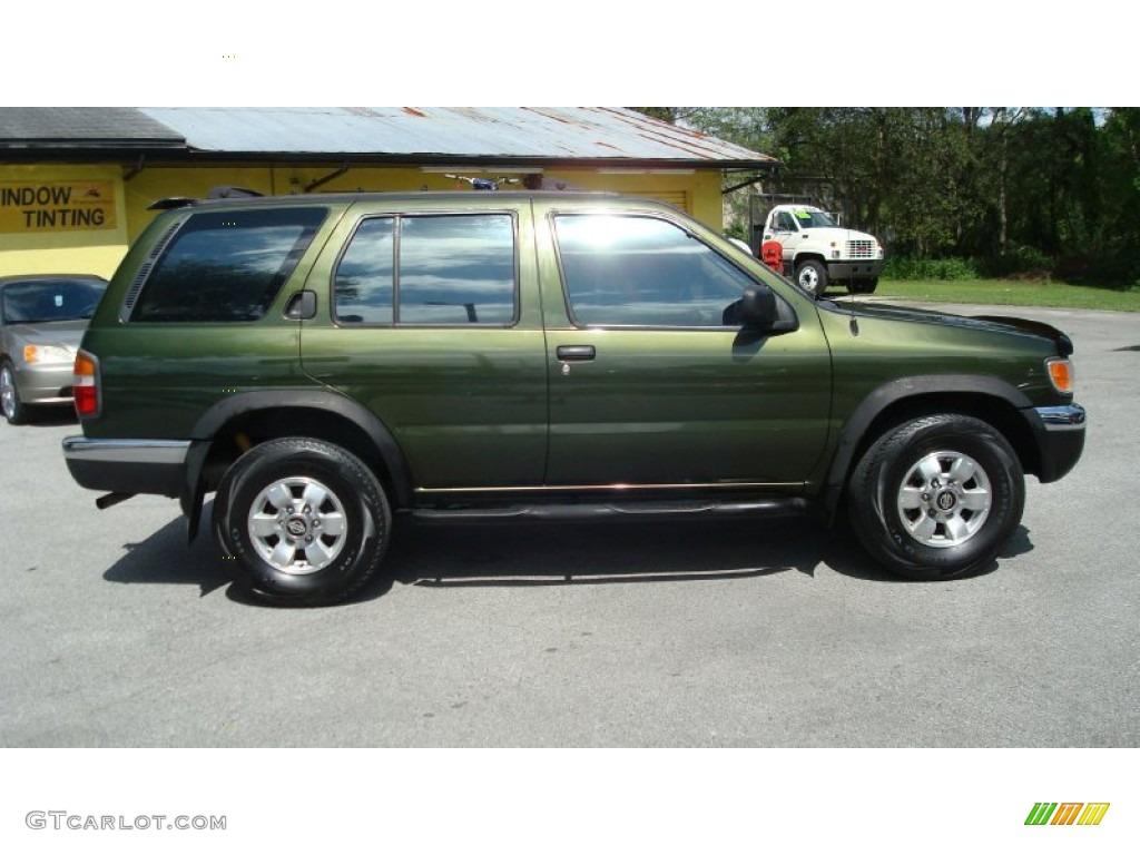 1998 dark green pearl metallic nissan pathfinder xe #70925892