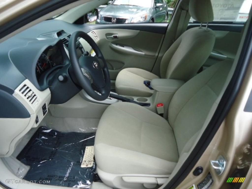 Bisque Interior 2013 Toyota Corolla L Photo 70956334