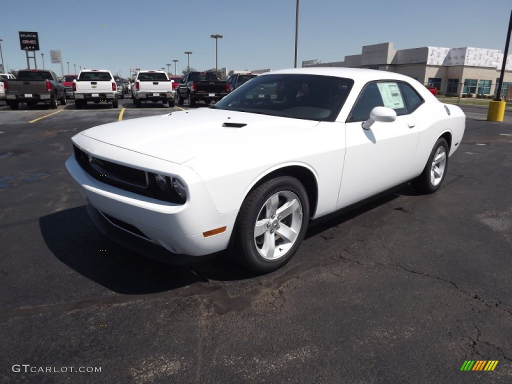 bright white 2013 dodge challenger sxt plus exterior photo 70975441. Black Bedroom Furniture Sets. Home Design Ideas