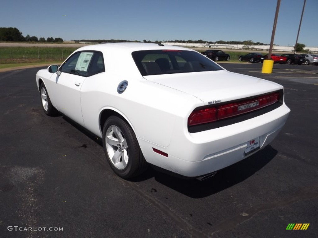 bright white 2013 dodge challenger sxt plus exterior photo 70975495. Black Bedroom Furniture Sets. Home Design Ideas