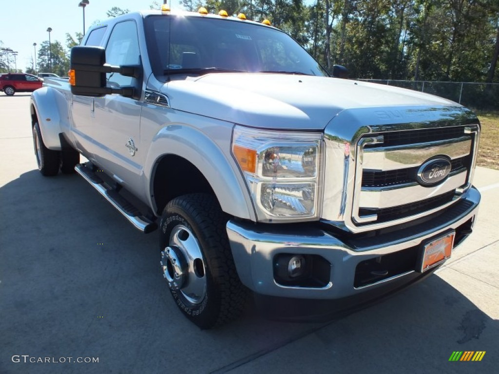 2012 ingot silver metallic ford f350 super duty lariat crew cab 4x4 dually 71010460 gtcarlot. Black Bedroom Furniture Sets. Home Design Ideas