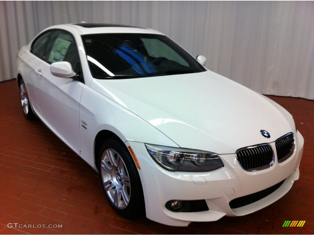 2013 bmw 3 series 335i xdrive coupe alpine white color. Black Bedroom Furniture Sets. Home Design Ideas