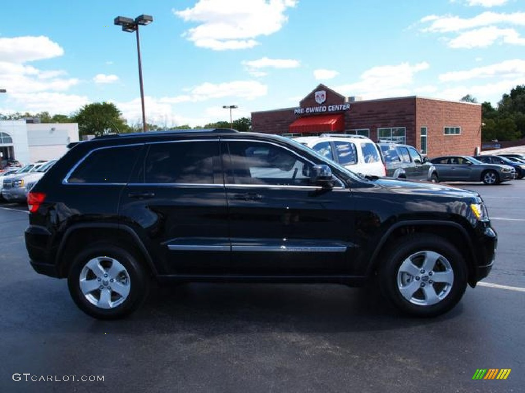 Black forest green pearl jeep grand cherokee