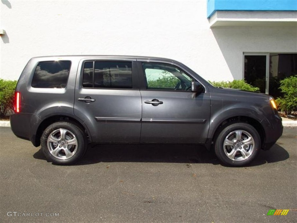 Polished Metal Metallic 2013 Honda Pilot Ex Exterior Photo
