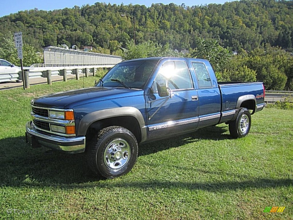 2000 indigo blue metallic chevrolet silverado 2500 ls extended cab 4x4 71063088. Black Bedroom Furniture Sets. Home Design Ideas