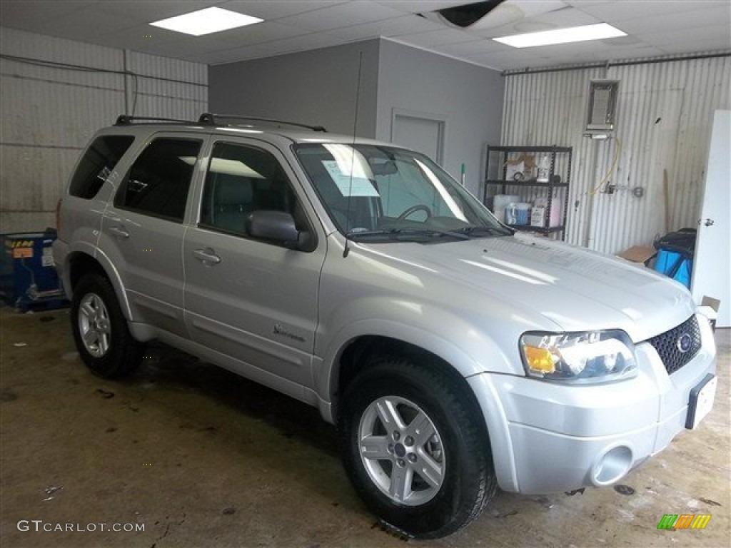 Silver metallic ford escape ford escape hybrid