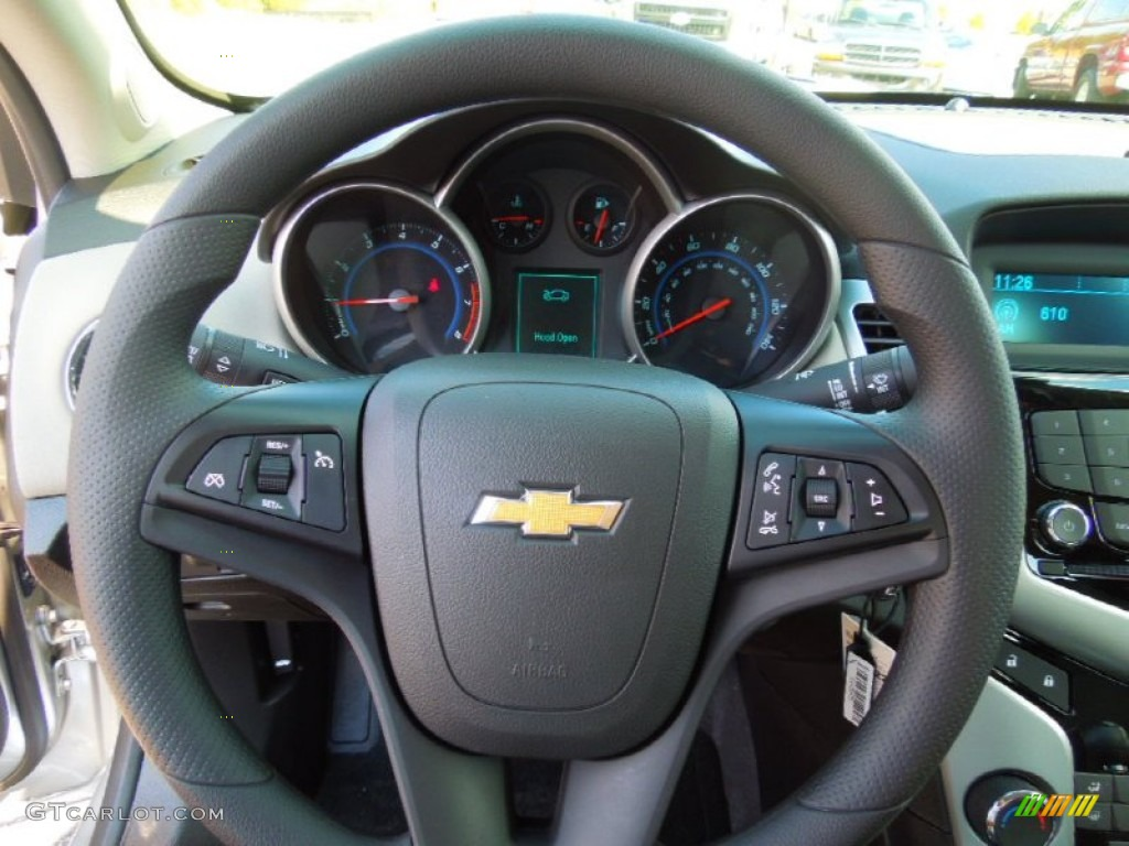 2013 chevrolet cruze ls jet black medium titanium steering. Black Bedroom Furniture Sets. Home Design Ideas