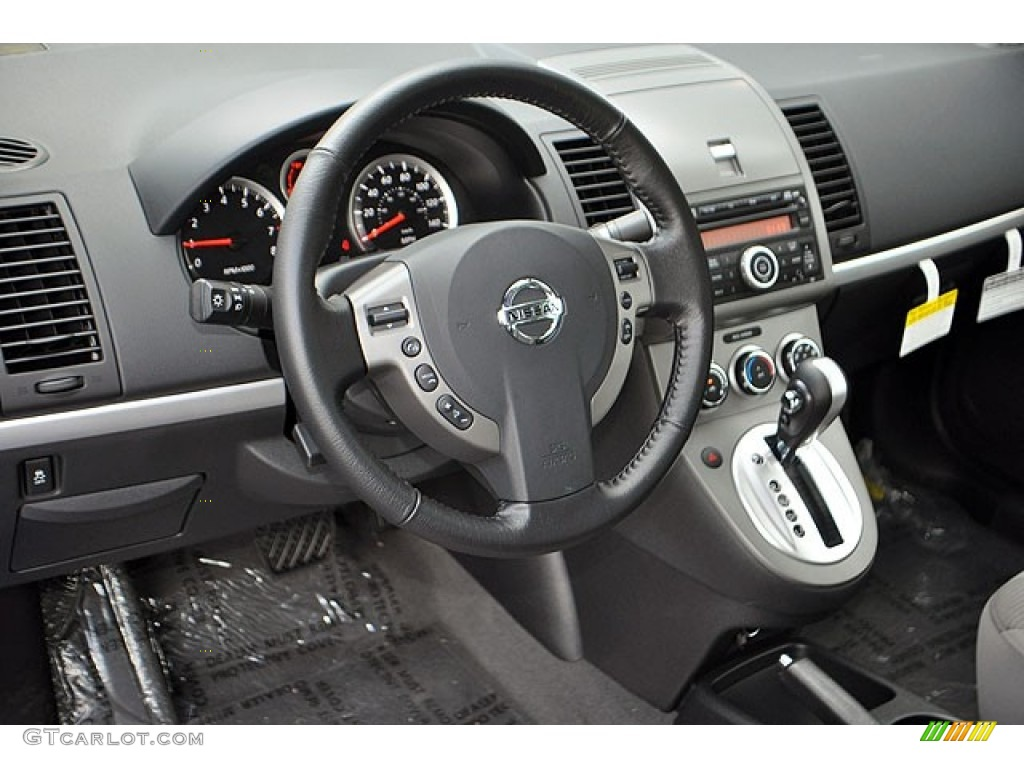 2012 nissan sentra 2 0 sr interior photo 71132853. Black Bedroom Furniture Sets. Home Design Ideas