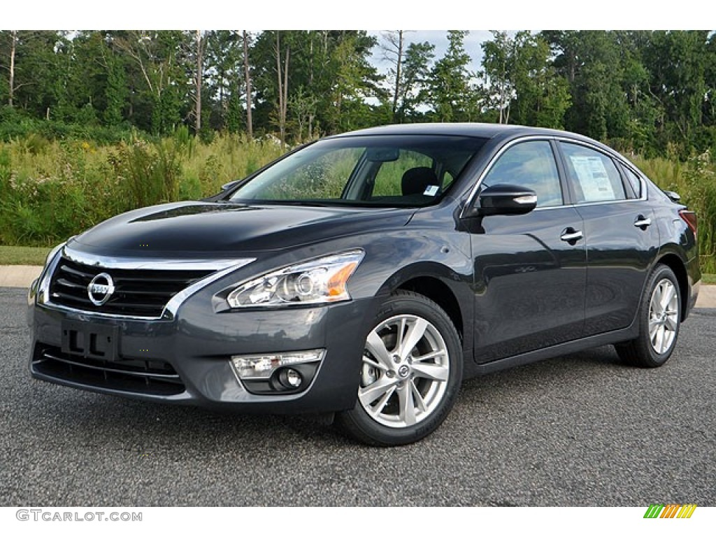 Beautiful Metallic Slate Nissan Altima