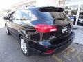 Obsidian Black Pearl - Tribeca Limited 7 Passenger Photo No. 5