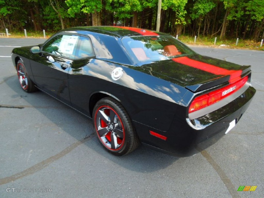 Pitch black 2013 dodge challenger rallye redline exterior photo 71144298