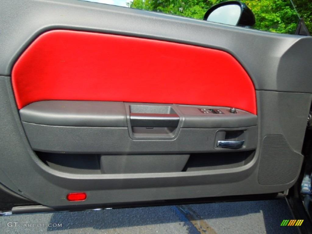 2013 Dodge Challenger Rallye Redline Radar Red/Dark Slate Gray Door Panel Photo #71144340 & 2013 Dodge Challenger Rallye Redline Radar Red/Dark Slate Gray Door ...
