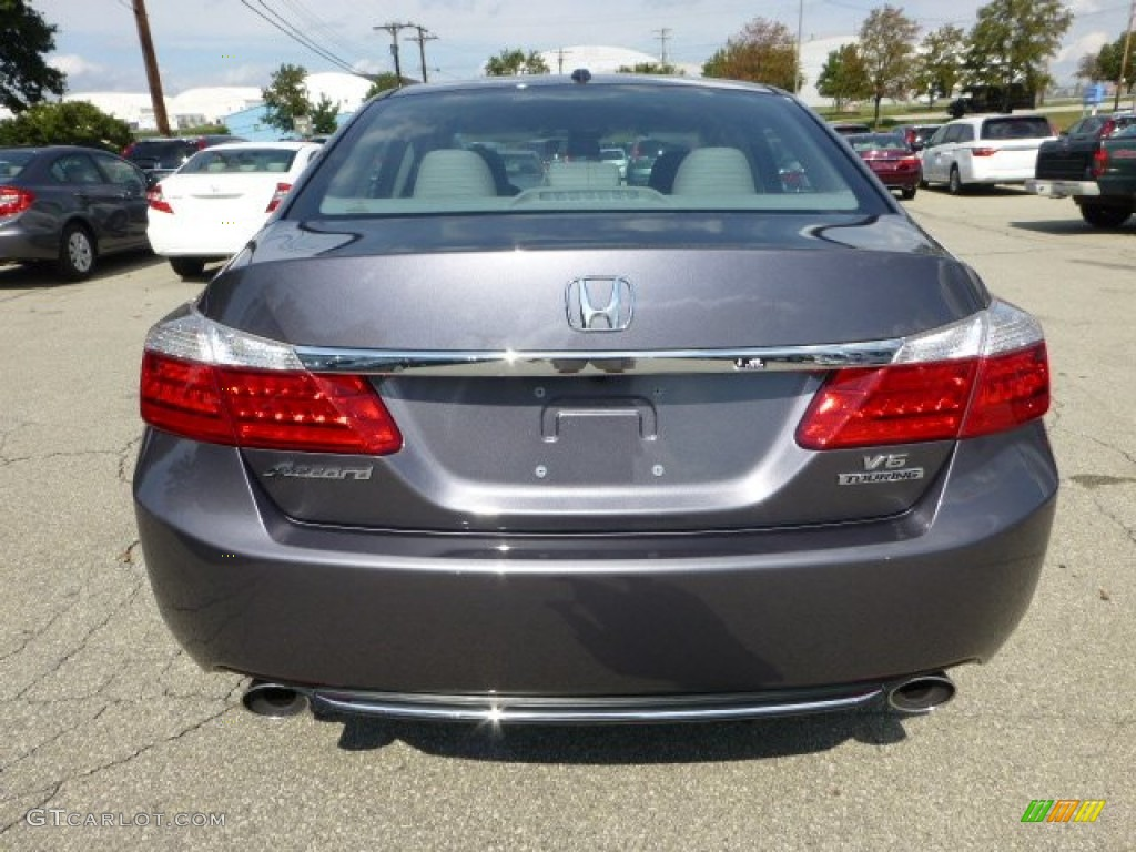 2013 honda accord ex l white with 71132572 3 on Review 2014 Accord Ex L Sedan Cvt further 2016 Honda Cr V Color Options in addition Watch likewise 71132572 3 additionally 2018 Honda Accord Spy Shots And Price.