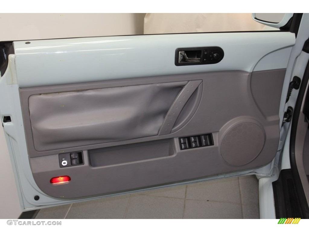 2005 beetle convertible interior