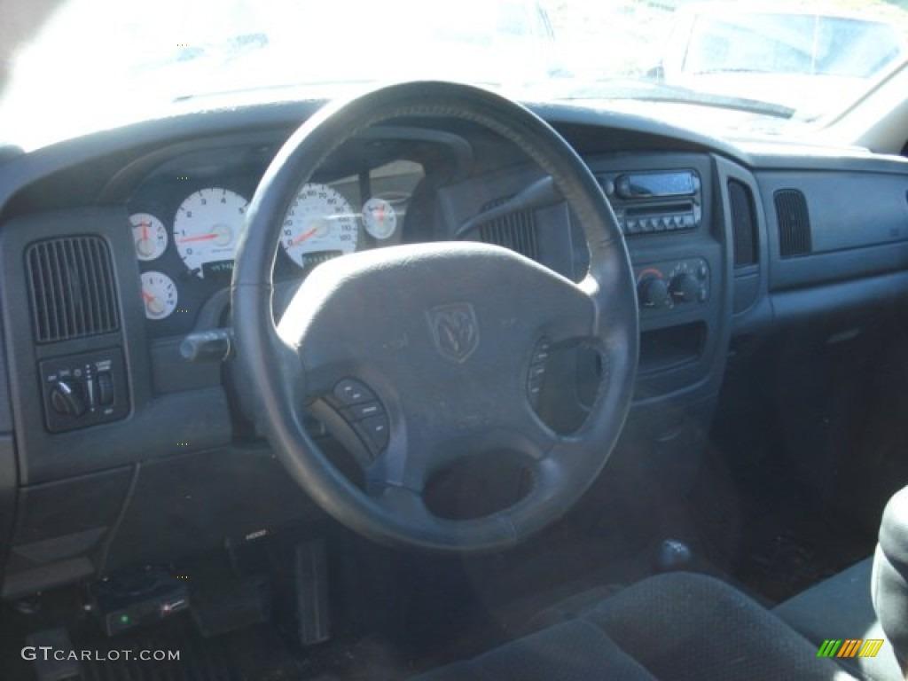 2002 Ram 1500 Sport Quad Cab 4x4 - Flame Red / Dark Slate Gray photo #13