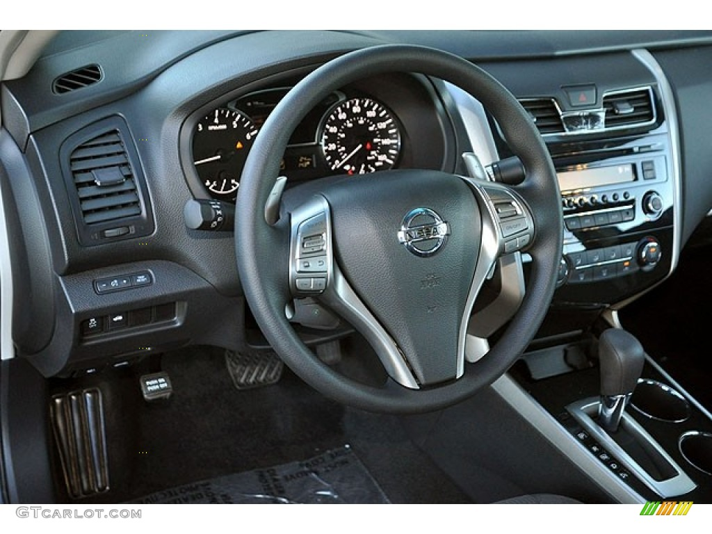 Charcoal Interior 2013 Nissan Altima 3.5 S Photo #71276095
