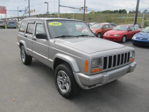 2000 jeep cherokee classic 4x4 data info and specs. Black Bedroom Furniture Sets. Home Design Ideas