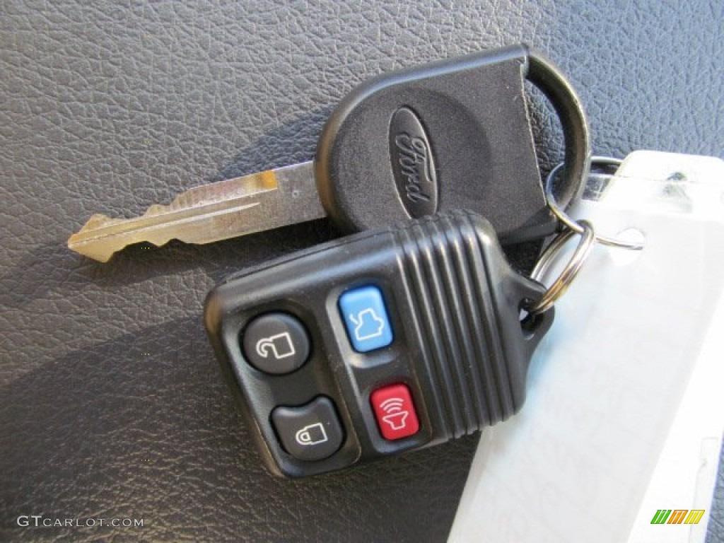 Ford Mustang Gt Premium Convertible Keys Photo