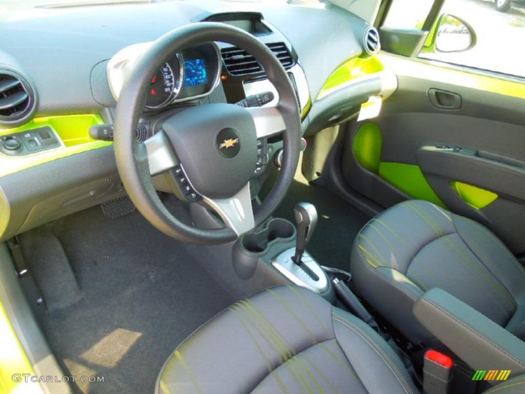 Green/Green Interior 2013 Chevrolet Spark LT Photo #71331681 ...