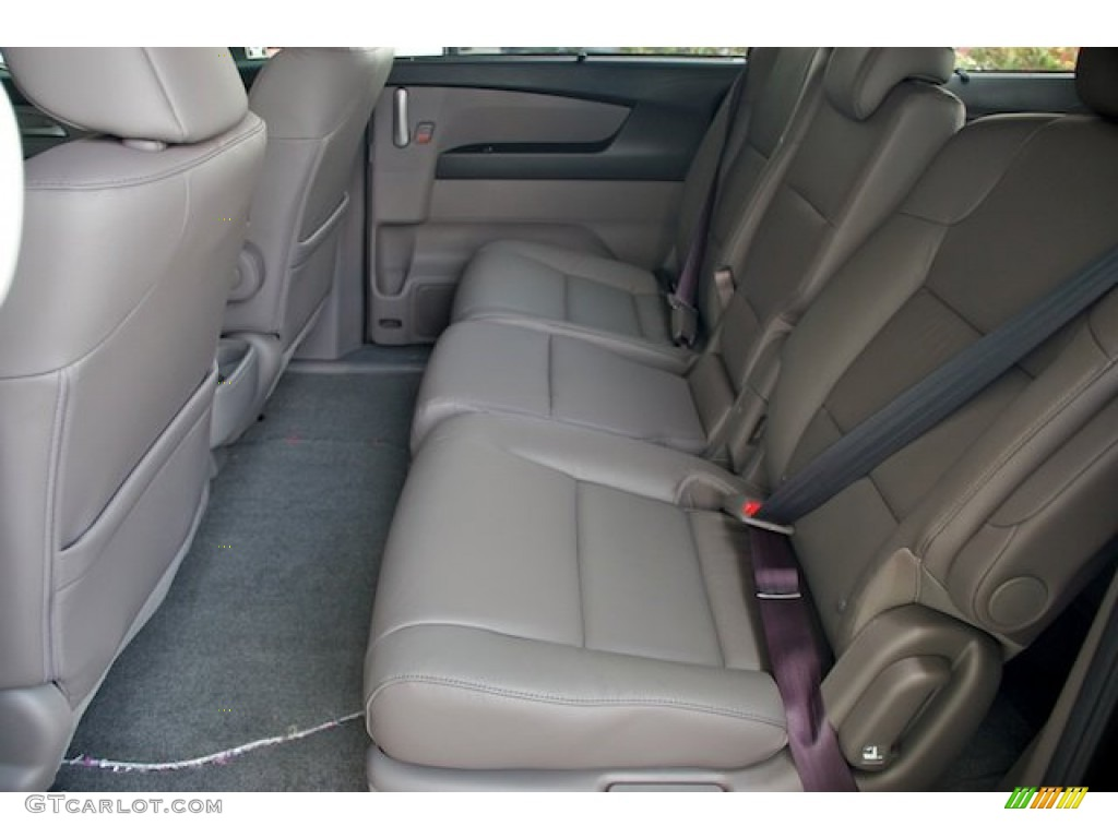 Truffle Interior 2013 Honda Odyssey Touring Elite Photo