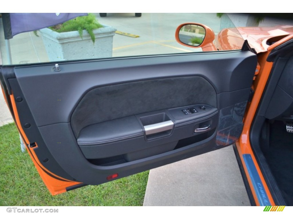 2012 Dodge Challenger SRT8 392 Dark Slate Gray Door Panel Photo #71335951 & 2012 Dodge Challenger SRT8 392 Dark Slate Gray Door Panel Photo ... pezcame.com
