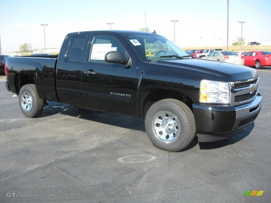 2011 Silverado 1500 LS Extended Cab - Black / Dark Titanium photo #3