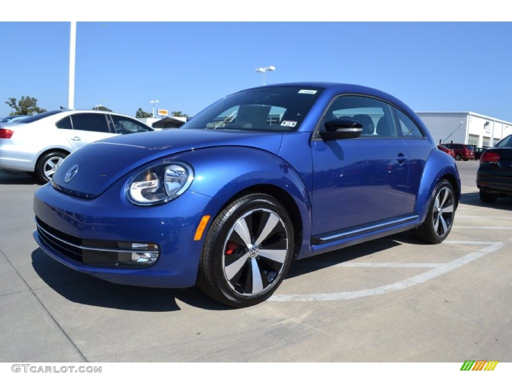 2013 Reef Blue Metallic Volkswagen Beetle Turbo #71337440 | GTCarLot.com - Car Color Galleries