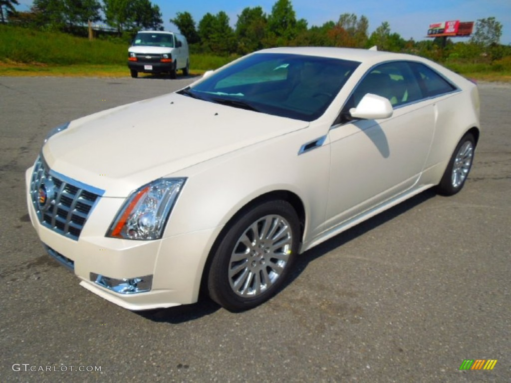 white diamond tricoat 2013 cadillac cts coupe exterior photo 71428688. Black Bedroom Furniture Sets. Home Design Ideas