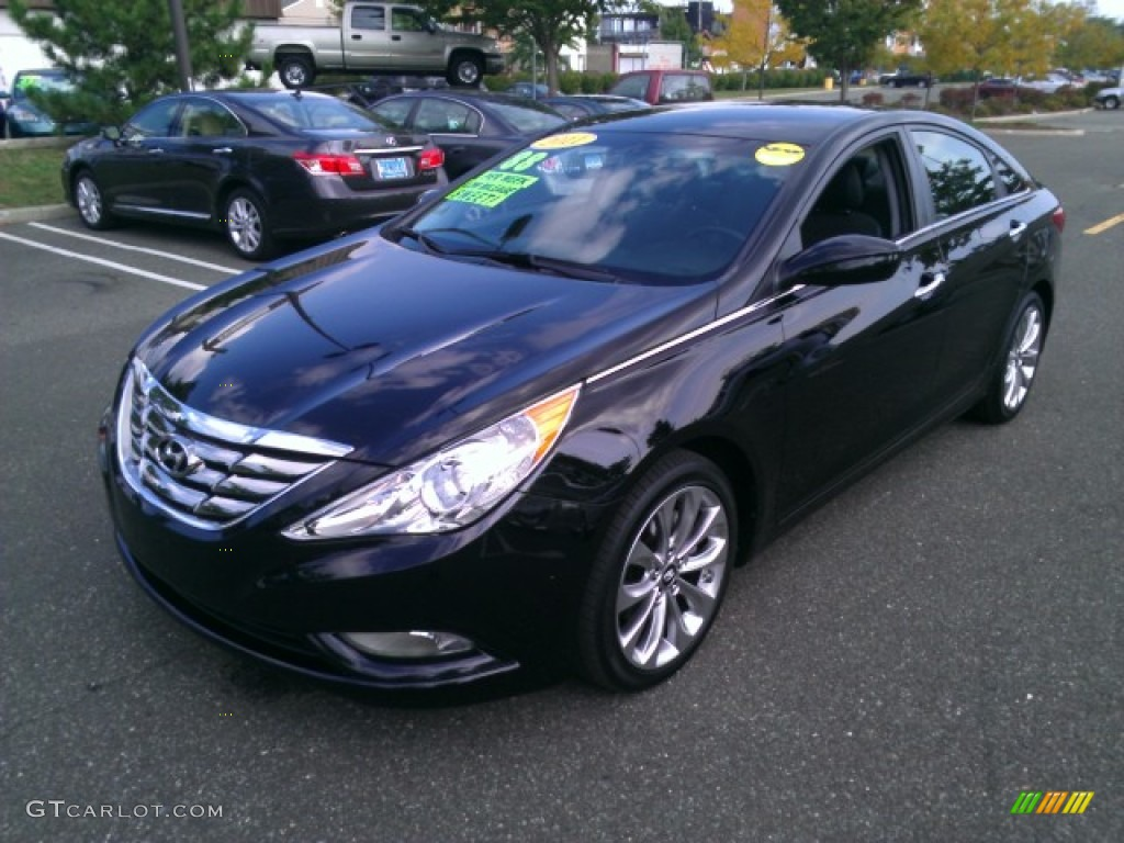 2011 Sonata Limited   Black Plum Pearl / Black Photo #1