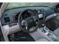 Ash 2013 Toyota Highlander Interiors