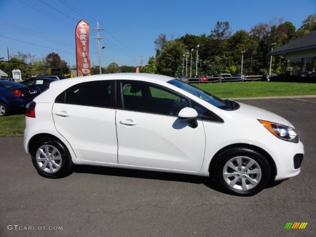 Clear white 2013 kia rio lx 5 door exterior photo 71535163 gtcarlot