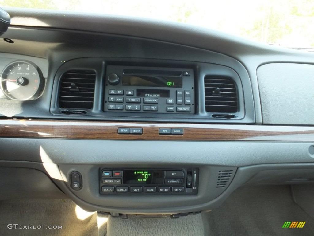 2007 Ford Crown Victoria LX Controls Photos   GTCarLot.com