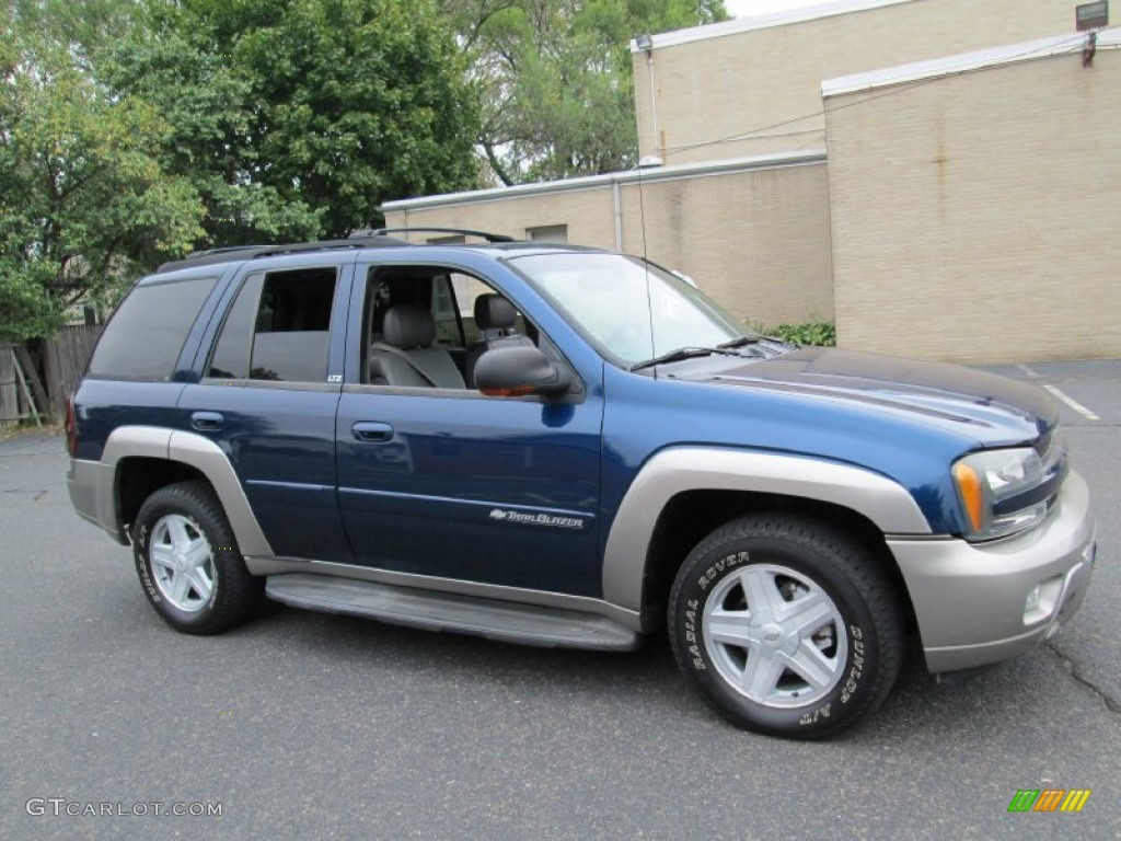indigo blue metallic 2002 chevrolet trailblazer ltz 4x4 exterior photo. Cars Review. Best American Auto & Cars Review