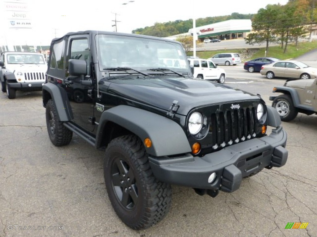Black 2012 Jeep Wrangler Call Of Duty Mw3 Edition 4x4 Exterior Photo 71571010