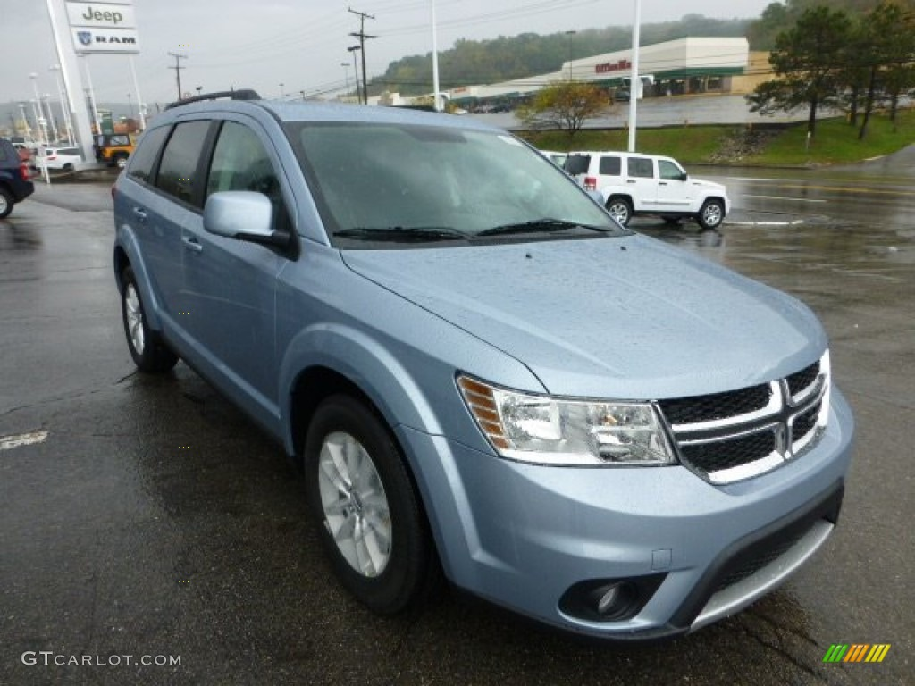 winter chill pearl 2013 dodge journey sxt awd exterior photo 71572019. Black Bedroom Furniture Sets. Home Design Ideas