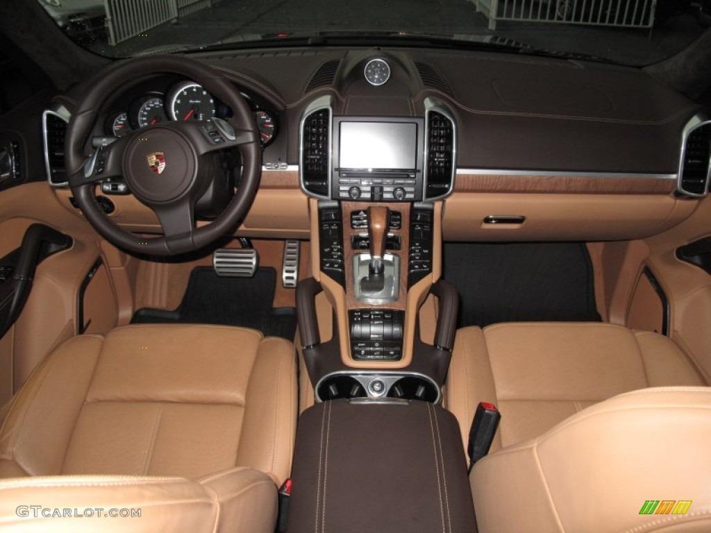 Natural espresso cognac interior 2011 porsche cayenne turbo photo 71576090 for Porsche cayenne interior images