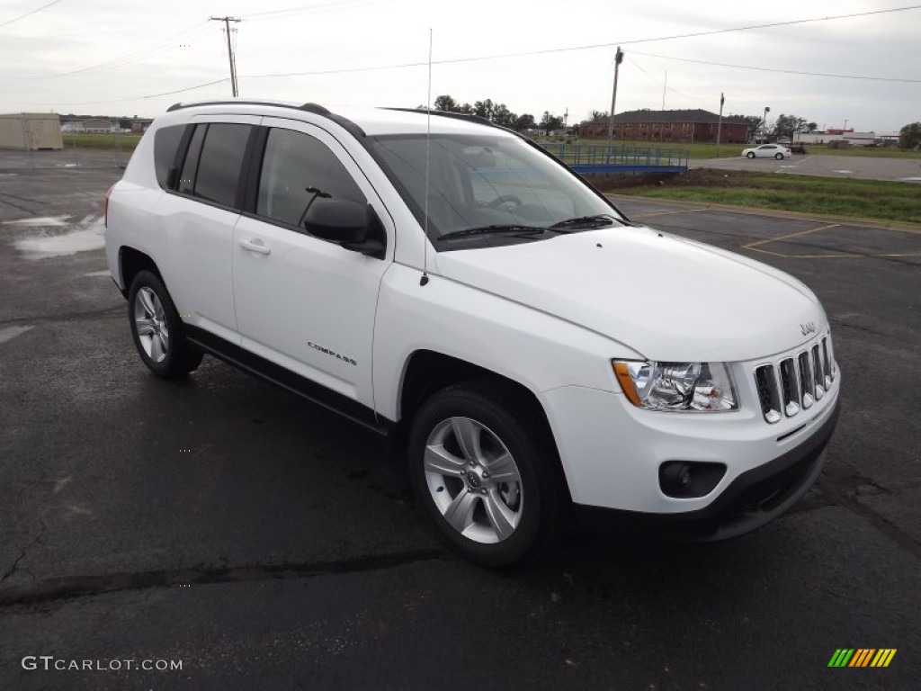 Bright white 2013 jeep compass sport exterior photo 71587296